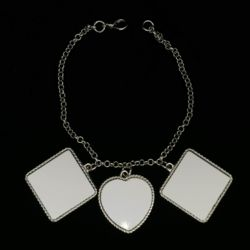 Bracelet With Two Square And One Heart Charms Thumbnail