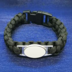 Paracord Bracelet With One Charm Thumbnail